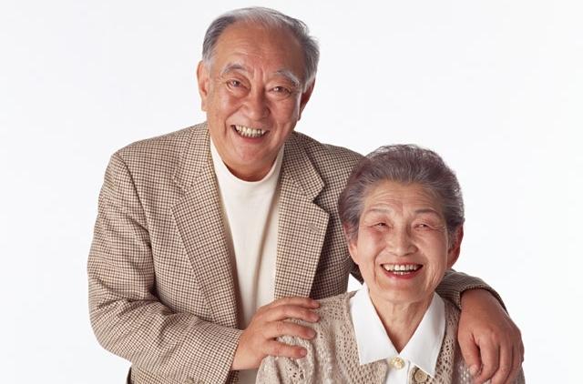 高齢夫婦の画像