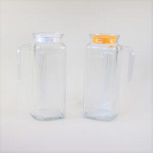 ガラス製ピッチャーの画像